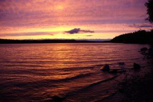 Озеро Талвисъярви турбаза Талвисъярви в Карелии отдых летом и осенью