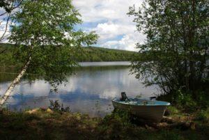 Озеро Палоярви турбаза Талвисъярви в Карелии отдых летом и осенью